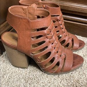 Rampage Sandals size 7